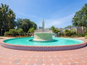 Water Features - Beverly Gardens Photo 2