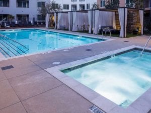 Apartment pool and spa in Costa Mesa