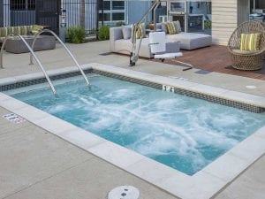 Costa Mesa apartment hot tub