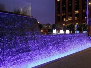 10880 Wilshire Water Feature